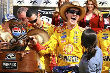 Joey Logano Wins at Texas