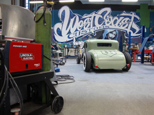 West Coast Customs Uses Lincoln Electric Equipment