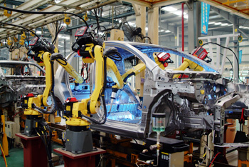 Robotic Welding at Automotive Plant