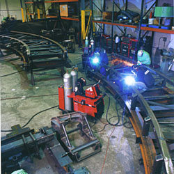 Lincoln's Power Wave 455 gives users complete control over all components of the welding system.